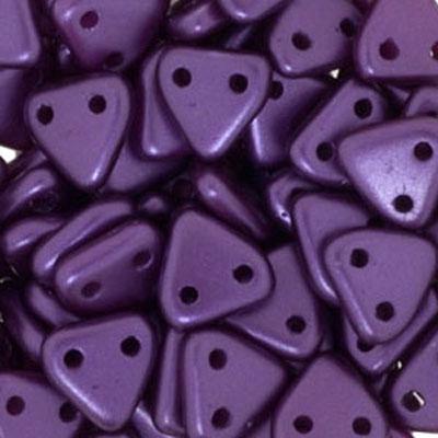 CMTR-335 CzechMates triangle beads - pastel Bordeaux