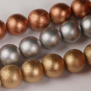 MS-DWR12-Met Multi-string: round wooden beads - metallics