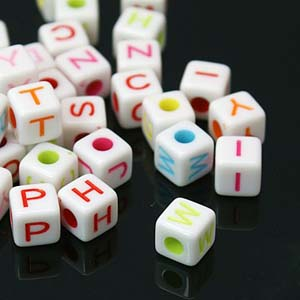 PB608 acrylic alphabet beads, cubes - mixed colours