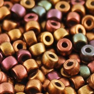 SBP8-231 Matubo Czech size 8 seed beads - crystal gold rainbow